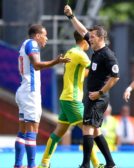 Elliott Bennett got a welcome reception from the Norwich City fans on his Carrow Road return. Pictur