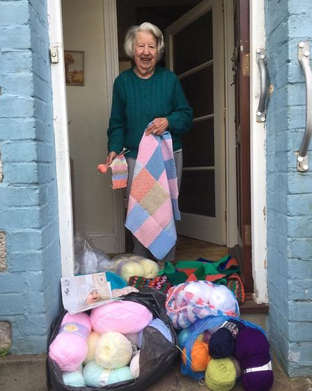 As requested, picture attached of Doreen Dyer receiving a delivery of wool organised by the Torbay C