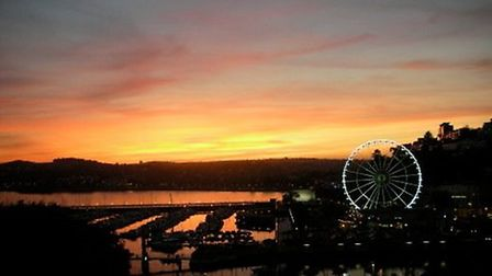 The sun goes down over Torquay