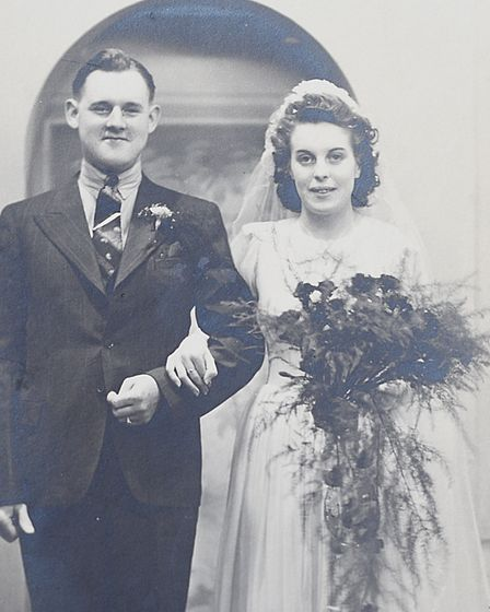 Alan and Marnie Hill on their wedding day in 1943.