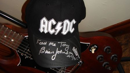 A message from chef to the stars, Tony Liddell (left), when he toured with ACDC. Photo: Tony Liddell