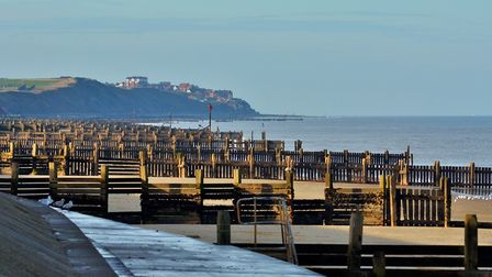 A view from Walcott beach down the the coast to Bacton, an area which could be improved by sandscapi