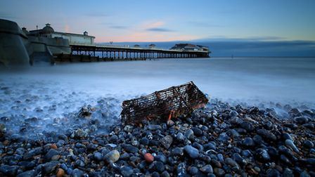 A-long-exposure-of-Cromer-beac