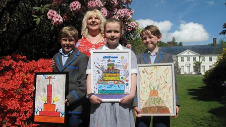 Artist Tracy Weston with Stody Young Talent Award winners P Morrison, Olivia Lavelle and Aubrey McCo