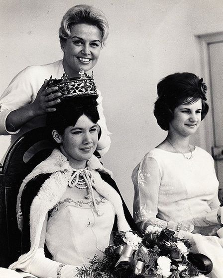Singer Yana crowning the 1962 carnival queen. Photo: Archant library