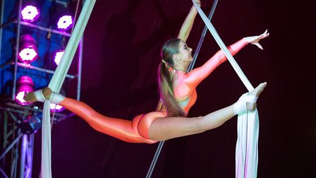 Kizzy Packham on silks. Pictures: Mike Kwasniak