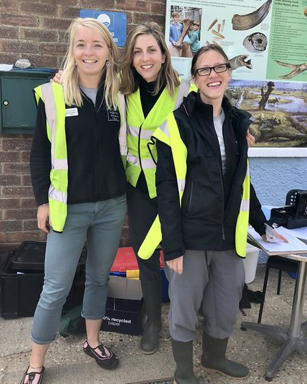 Lizzie Earwaker, Isabelle Mudge and Izzy Macadam from Norfolk Wildlife Trust running rockpooling and