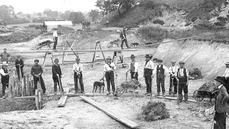 North Walsham archive calendar 2019. Repairing the Dilham canal in 1912. Pictures: supplied by Wayne