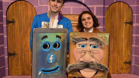 Sheringham Little Theatre panto stars Niall Kiely and Tilda Fassih with Siri Siri and Sir Reads-a-Lo