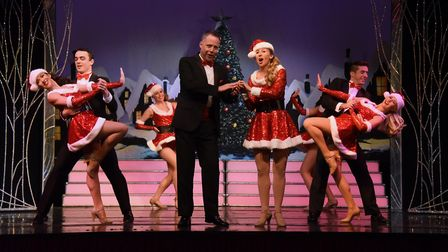 The 2018 Cromer Pier Christmas Show with lead singers Harvey James and Fiona Jessica Wilson, centre.