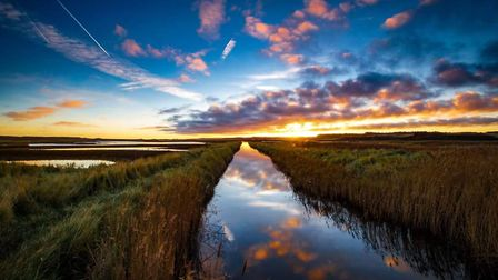 Sunrise at cley