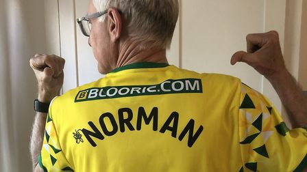 Norman Lamb shows his support for Norwich City Football Club. Photo: Twitter / @normanlamb