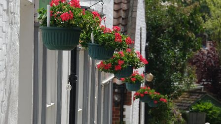 Aylsham In Bloom traders' competition. The Unicorn pub receiving a Highly Commended certificate. Pic