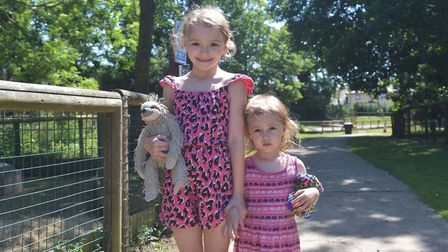 Amazona Zoo, Cromer reopens. Darcy and Thea Pictures: BRITTANY WOODMAN