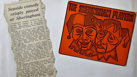 A newspaper review for the production of Beside the Seaside at Sheringham Little Theatre in 1960. Pi