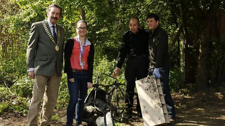 Litter Action Day in Thorpe St Andrew. (Left to right) Town mayor John Ward, neighbourhood administr