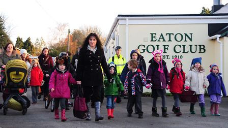 Parents and children who use eaton Golf Club to access local schools have been told they must stop a