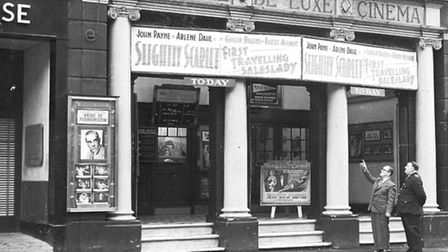 IMAGES OF NORWICH BOOKChapter That's Entertainment, Page 119.THEATRE DE LUXE CINEMA IN ST ANDREWS. N