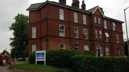 The Henderson Unit is situated at the Julian Hospital, Norwich; For : Evening News/EDP; Copy : Katie