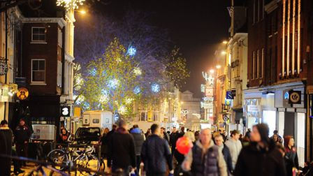Late night Christmas shopping and lights in Norwich.PHOTO BY SIMON FINLAY