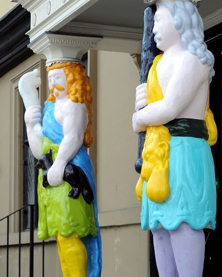The iconic figures outside the Samson & Hercules looking more colourful for the art exhibition. Ph