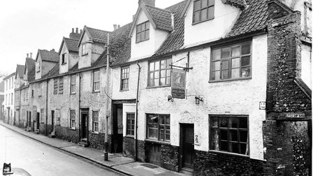 Norwich -- PubsThe Ship Inn, 168 King StreetDated No DatePhotograph C2033