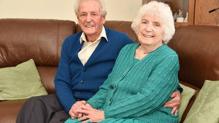 Gerald and Vera Gant celebrate their 70th wedding anniversary this Christmas. Byline: Sonya Duncan C