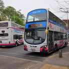 First buses number 25 and 25A that follow a route that allows visitors to get a good glimpse of the
