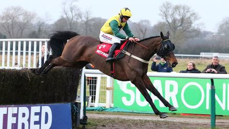 Milansbar with jockey Bryony Frost won the Bedfred Classic Handicap Steepple Chase in Warwick in Jan