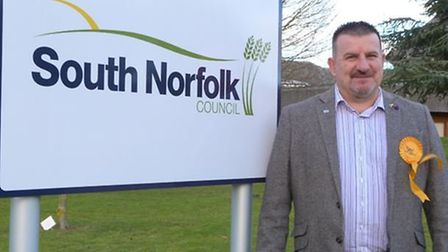 Independent councillor Des Fulcher has joined the Liberal Democrats in South Norfolk after resigning