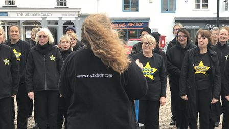 The Rock Choir entertained the public in a windy morning. Picture: Victoria Pertusa