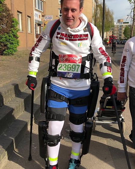 Simon Kindleysides with 16 miles to go on the London Marathon 2018 route. Picture: @simonsmarathon