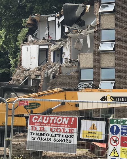 The demolition will take three weeks to complete. Picture: Victoria Pertusa