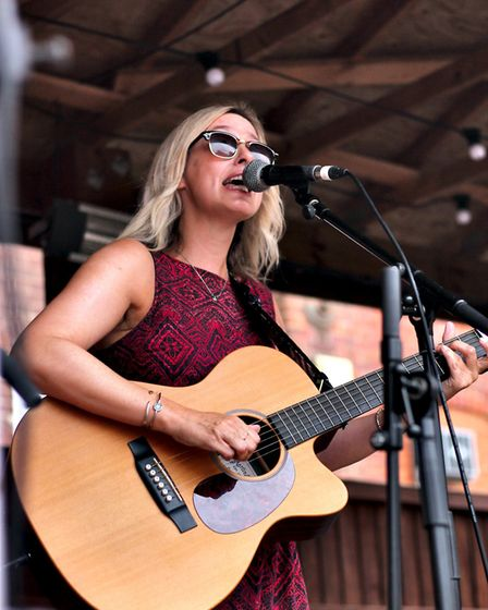 Lisa Redford performing at The Waterfront Sessions. Picture: Elliot Tam