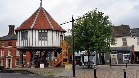 Businesses in Wymondham are lending a helping hand to those forced to isolate due to coronavirus. Pi