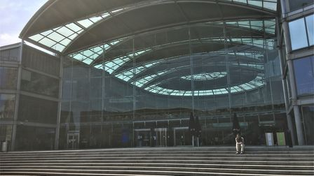 The Forum in Norwich without the usual cwods amid the coronavirus lockdown. Picture: Simon Parkin
