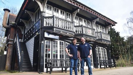 Ian Hacon and Chris Carr on the day they announced they were taking over Zaks. Pic: Archant Library