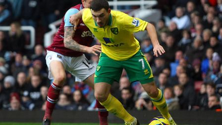 Robert Snodgrass last week became the first player in the Premier League to deliver 100 crosses, bea