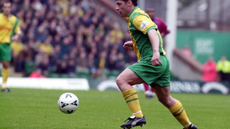 Tony Cottee spent a brief spell at the Canaries towards the end of his playing days in 2000.