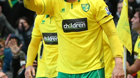 Grant Holt may well be back in the lone striker role against United with manager Chris Hughton convi
