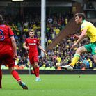 Jonny Howson makes it 4-0 to Norwich City.