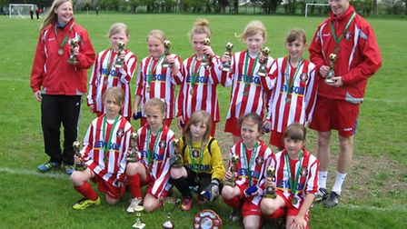 Firside Foxes U10 clinch the double.