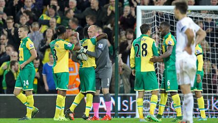 Norwich City players celebrate victory at the end of the game. Picture: Paul Chesterton/Focus Images