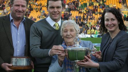 Jonny Howson was named Norwich City player of the season in 2016, lifting the Barry Butler Memorial