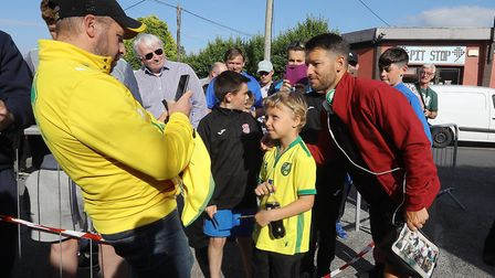 Wes Hoolahan proved a popular man as he returned to playing in Ireland. Picture: Lorraine O'Sullivan