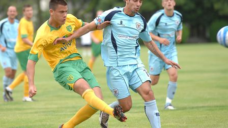 Dario Dumic in action for Norwich City in a pre-season friendly against St Johnstone in July 2009. P
