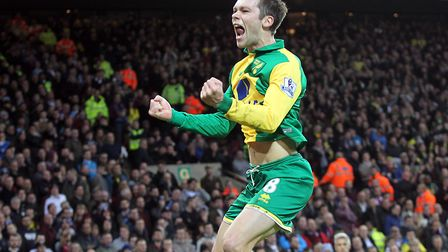 Norwich City's Jonny Howson celebrates opening the scoring against Aston Villa in their Premier Leag