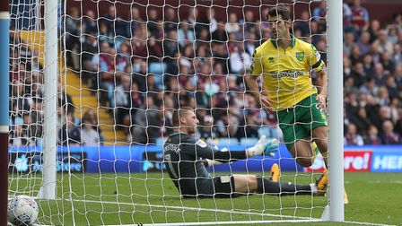 Nelson Oliveira of Norwich scores his sides 2nd goal and rushes to get the ball back for the restart