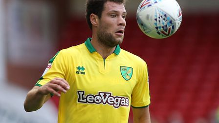 Yanic Wildschut of Norwich City in action against Sheffield United during the Sky Bet Championship m