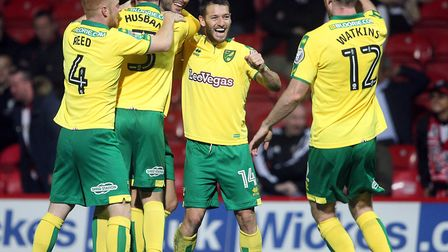 Mario Vrancic's two goals helped Norwich City book their place in the last 16 of the Carabao Cup. Pi